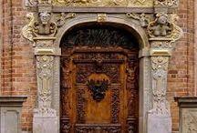 door - дверь