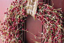 Wreaths / by Bernie Fischer
