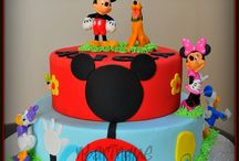Mickey/Minnie Party Ideas / by Ha Begle