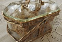 FRENCH & OTHER ORMOLU - GILT METAL / ANTIQUE AND VINTAGE FRENCH ORMOLU