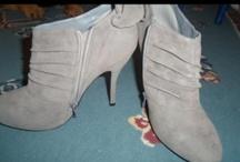 Shoes, Scarfs, & Jewelry / by destiny Stephens
