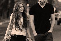 """Miley Cyrus ❁ / """"Todo el mundo comete errores, la diferencia es que los míos los publican todos los días."""" — Miley Cyrus."""