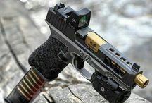 armes/ couteaux
