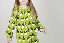 Kids fashion. Sukienki