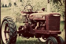 Classic Tractors / by Agriaffaires