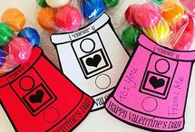 Valentine's Day Fun for Kids and Families / Valentine's Day crafts for kids, food to make (nothing fancy, only fun), clothes to wear and decorations to hang and display!