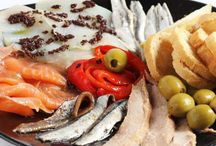 Mas Q Menos Platters / Find these delicious #Spanish platters in our restaurants in #Soho and #Holborn