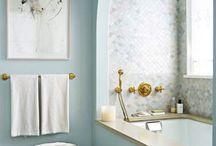 Badkamer / Over onze nieuwe badkamer die in een kleine ruimte heel luxe en lekker moet worden.