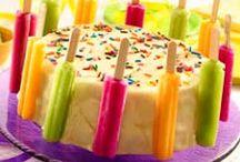 Cake decorating / by Theresa Maloney Secor