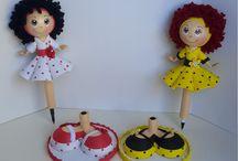 Muñecas de fomy