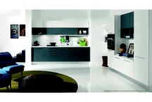 BILMA EVO - Contemporary design / Lacquer for everybody.  Bilma Evo offers you the pleasure of a laquered kitchen highly accessible in terms of price thanks to the great attention and care of the Aran world team.
