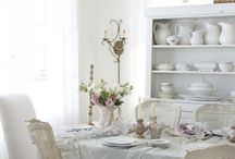 Elegant Dining / by Malmaison {French Style For Your Home}