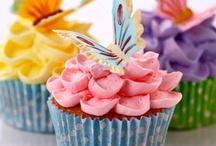 cupcakes / by Sandra Pratt