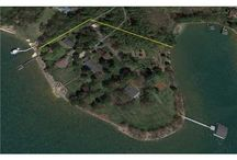 151 Travis Pointe Drive, Mooresville NC / Luxury waterfront gated Real Estate on Lake Norman.