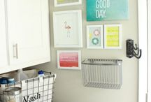 Laundry Room Organization / Ideas and tips to organize your laundry room on a budget. Declutter and organize your home on a budget.
