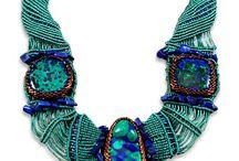 macrane náhrdelniky