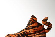 SNEAKERS TRAINERS TENIS SHOES CALÇADOS SAPATOS / Sneakers Trainers Tenis Shoes Calçados Sapatos