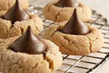 Wedding cookie ideas for Joy / by Leslie Phillips