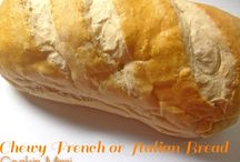 Food: Breads/Muffins / by Jen Wright