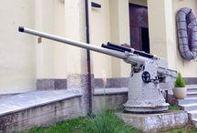 Cimeli storici / Per non dimenticare gli orrori delle guerre ....