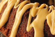 Cakes, Bundt & Pound / by Kathi Salerno