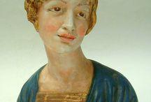 Busto di damina in terracotta. .Realizzata e dipinta a mano