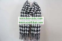 fashion / Item: 15SS0297  Description: New Fashion printing scarf 15SS0297  Size:70*140CM  60g  Composition: 100%polyester  Application: WOMEN  Moq: 800 Pcs  Lead time: 60 days