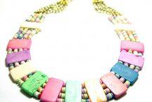 Collar etnico-tribal