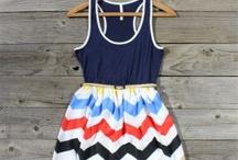 clothing por favor / by Bailey Vander Leest