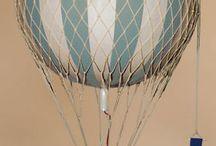 Воздушный шар с букетом