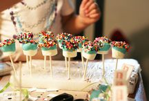 Party Ideas / I love hosting parties and when I do I try to go all out!  / by Rachel (Rae) Estavillo