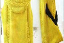 вязанное пальто-пончо желтое
