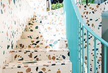 TERRAZZO / Chez TIPTOE, le terrazzo on l'aime autant sur un plan de travail ou en carrelage que sur de petits objets comme de la vaisselle ou une vasque. Mélangé avec du mobilier en bois ou en laiton, le terrazzo trouvera toujours sa place dans votre déco.