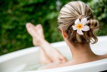 Tea Baths & Compresses / Many teas and herbal tisanes have amazingly healthful topical benefits, too!