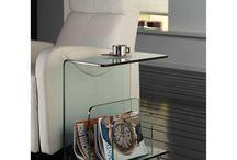 Glazen bijzettafels / Glazen bijzettafels in diverse afmetingen en glassoort. Doe hier uw inspiratie op voor uw woon of werkomgeving.