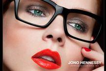 Jono Hennessy / Produkcja pięknych okularów to nie tylko tworzenie oprawek, które ładnie wyglądają. Sens pracy otrzymuje się, kiedy wytworzona własnoręcznie para okularów da komuś poczucie bycia pięknym i szczęśliwym.