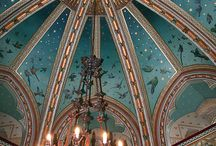 Ceiling Domes / by Debbie Hampson