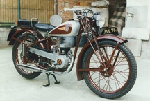 """Heritage / In the autumn of 1945 the first MV Agusta was presented to the public. It was initially to be called """"Vespa 98"""", but it was found that the name had already been registered. And so it was referred to simply by the number """"98"""", available in """"Touring"""" and """"Economical"""" versions. Deliveries began in 1946, the year MV Agusta officially began competing in endurance races."""