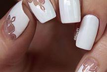 /nails/