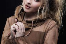 Sabrina Carpenter/Maya