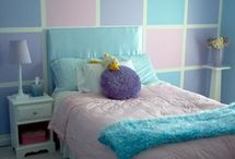 Girl's rooms / by Meghan Raney