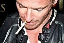 Smoking Fassbender / Nicotine bliss