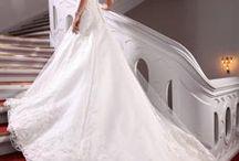 Brudekjoler / Vores brudekjoler i år har fået stor ros af kunderne. Se nogle af kjolerne her.