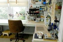 "Enviable Jewelry Makers Work Space / Every beader or maker knows. There is more satisfaction completing work in a well organized space. These images will put you in the mood to ""try"" to get it together!"