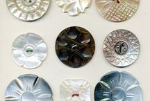 PAPERS - BUTTONS