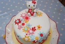 Hello kitty's cake