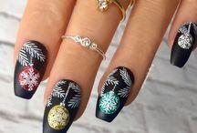 Прически,ногти...
