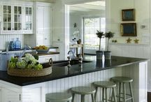 Kitchen Cabinets / Wow-worthy painted kitchen cabinets #paintedcabinets
