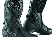 TCX - GORE-TEX® Boots / Durably waterproof and brethable, TCX boots GORE-TEX® lines guarantee optimized climate comfort for each condition thanks to the usage of different manufacturing technologies chosen and fine-tuned by our Research & Development Department.