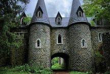 Замки и дома